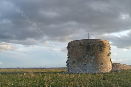 Thapsos, resti di torre medievale