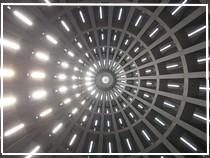 Veduta interna della cupola del Santuario della Madonna delle Lacrime