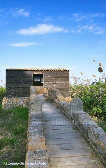 Uno dei capanni di osservazione della riserva di Vendicari